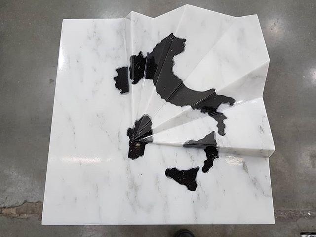 #AnriSala #HavingLanded #sculpture #marble @galleriaalfonsoartiaco @miartmilano #conceptualart https://t.co/kVudr0vNhg