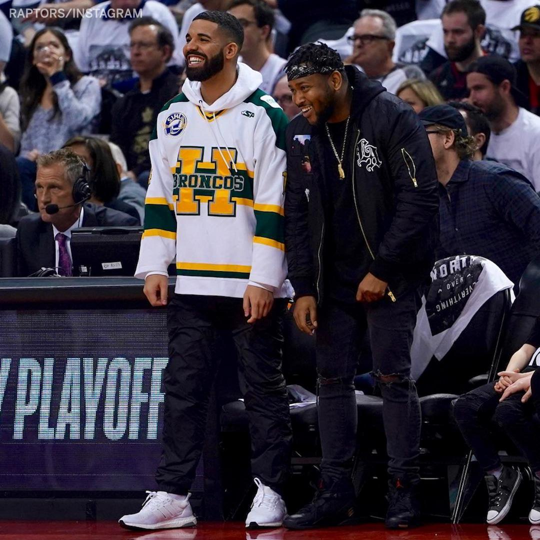 Drake is wearing a Humboldt Broncos jersey, honoring the victims of the bus crash involving the Canadian junior hockey team. (via @Raptors)