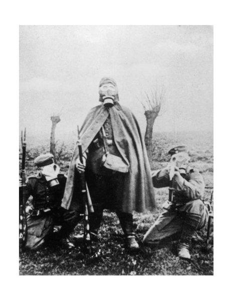 'Die Feinde vergiften wie Ratten': Im ersten Weltkrieg setzten die Deutschen heute vor 103 Jahren als erste Nation Giftgas ein (aus dem @einestages-Archiv) https://t.co/houNWEHnwo