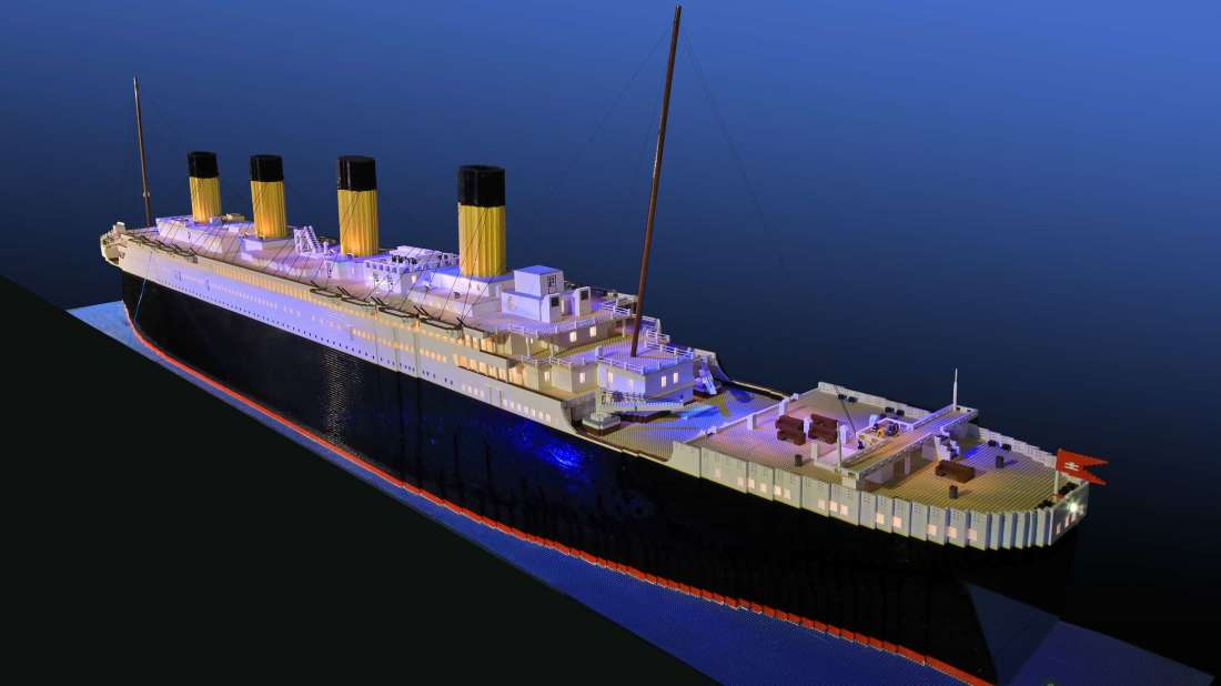 A 10-Year-Old Built the World&#39;s Largest LEGO Replica of the Titanic —  http:// bit.ly/2H2Raji  &nbsp;  <br>http://pic.twitter.com/ubEzxLlnzu