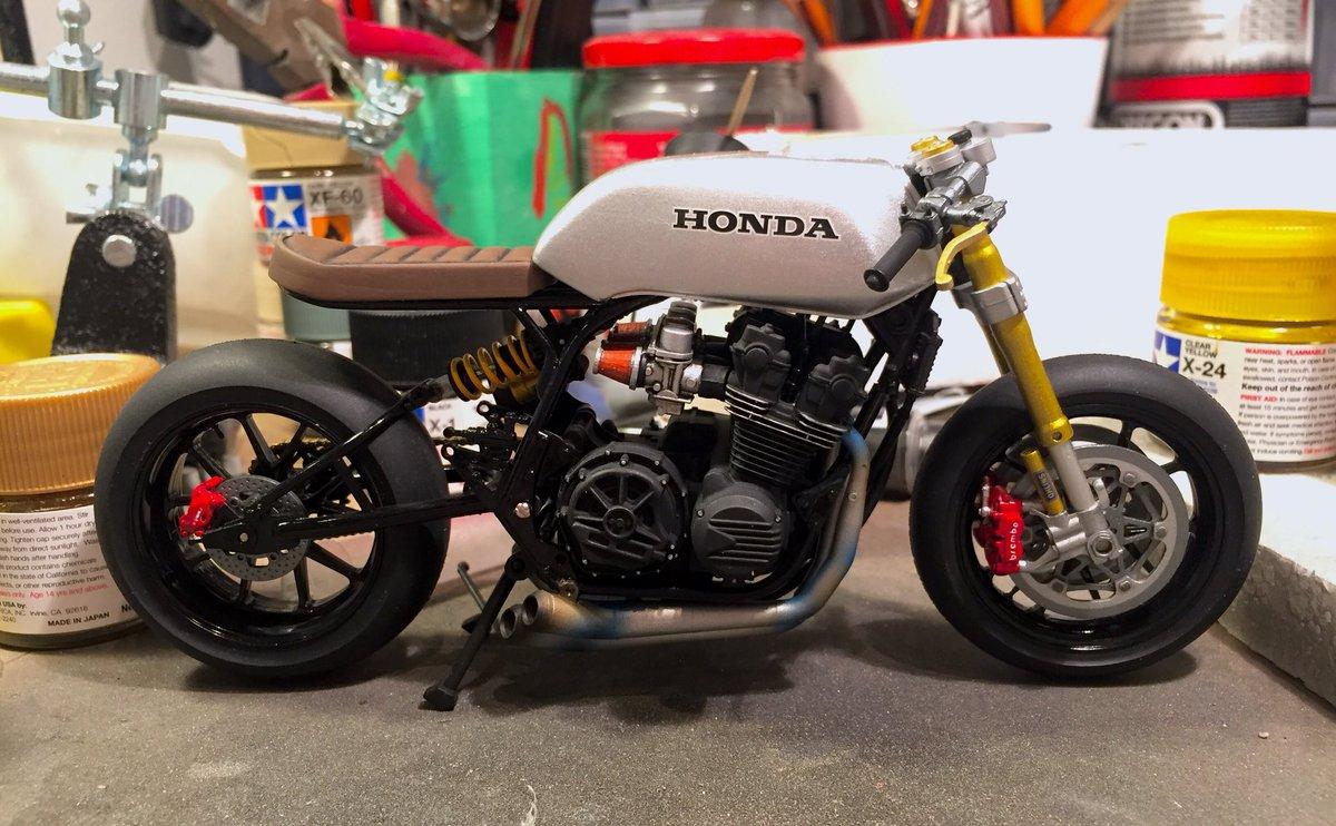 Honda Cb750 Cafe Racer >> Juhomakingstuff On Twitter My 1 12 Honda Cb750 Build Is