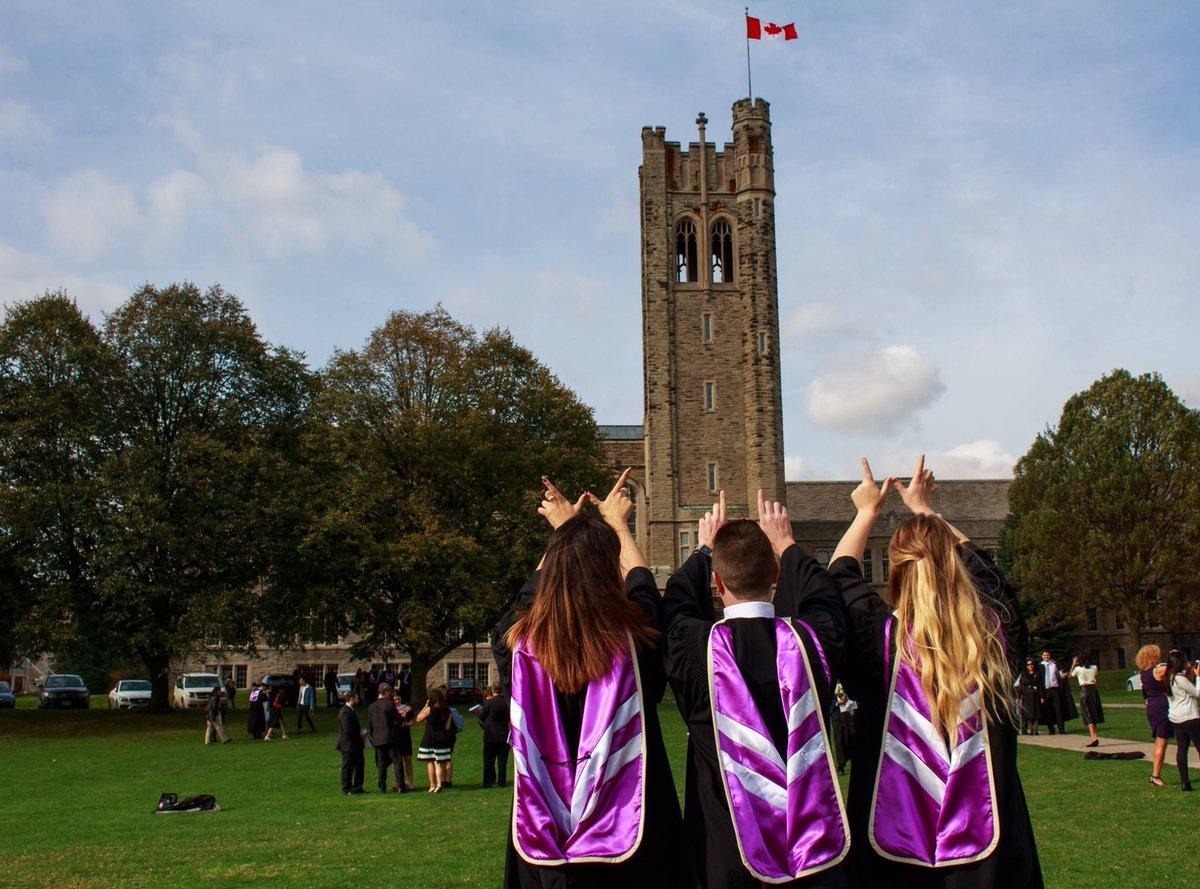 Buổi lễ tốt nghiệp tại Western University