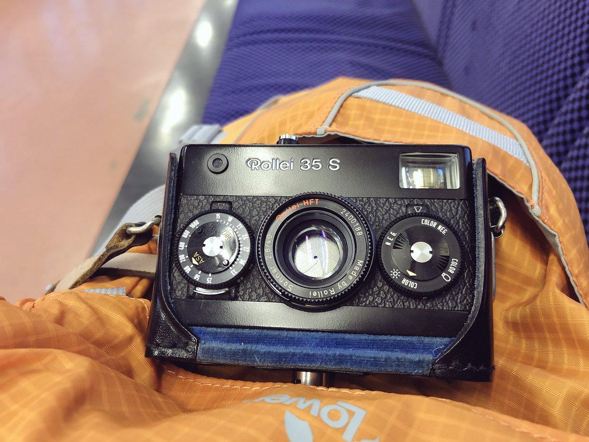 電車でGo! 今日の相棒はこのコにしました♪(*^^*) #今日のカメラ