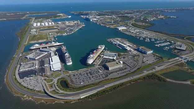 ... of Canaveral Port Authority (CPA) port revenue bonds. Click the link to  read the the full story. http://tinyurl.com/y9pa82lo  pic.twitter.com/xr3zYGWCJr