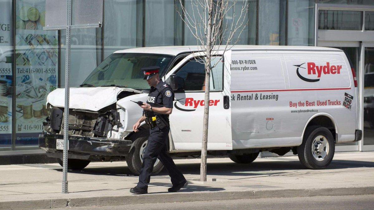 Toronto, sale a 16 bilancio dei feriti in strage con furgone  #toronto https://t.co/vwZauSILoM