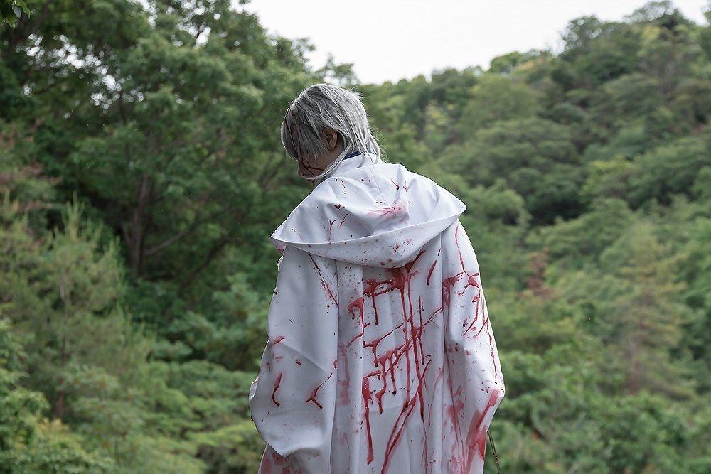 RT @kohzi_dayo: #皆さんの刀剣男士の背中を見せてください  ※血糊注意!  見事に左からの振り返りばかりでしたw癖なのかな? https://t.co/DJXZs5k62x