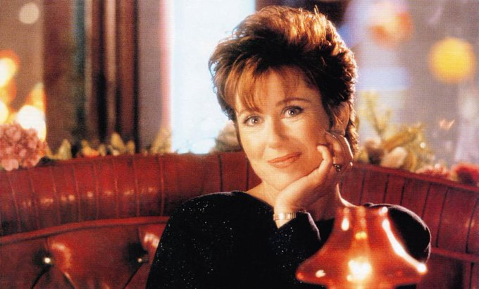 Happy birthday, Mary McDonnell! Consider this a serious invitation to star in my next movie!