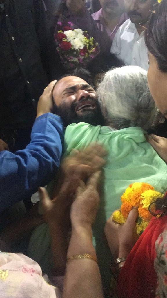 This picture should fill us with shame. #DrKafeelKhan