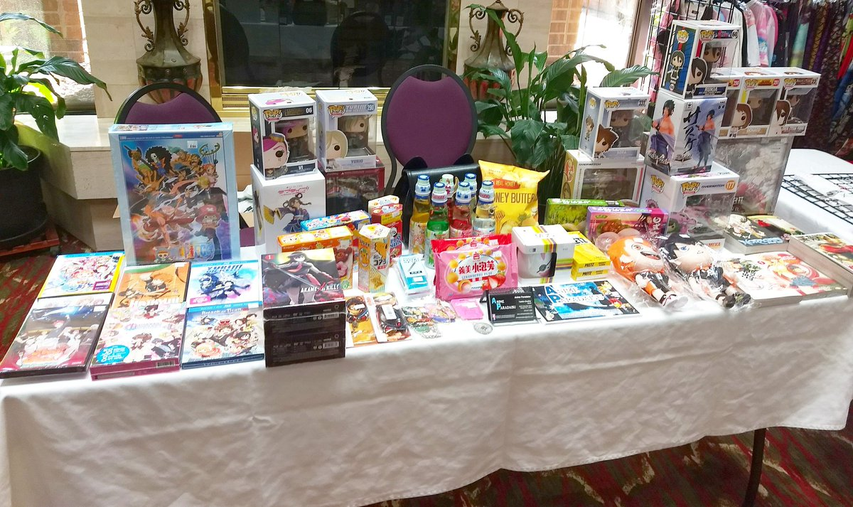 Anime Paradaisu On Twitter Is At The Raleigh Cosplay Expo Come By And See Us Animeparadaisu Raleighcosplayexpo Merch Manga