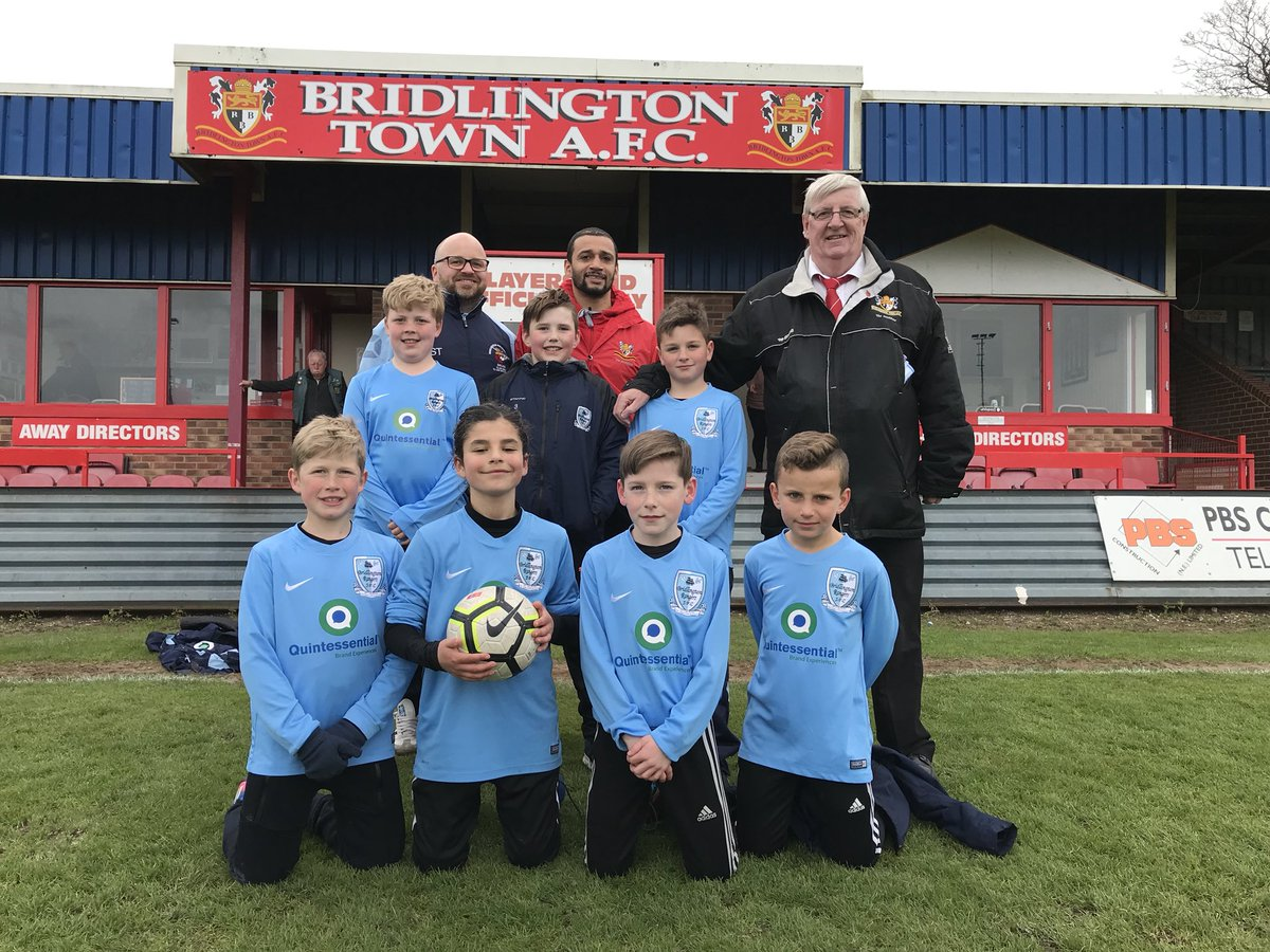 Thanks to today's ball recovery team who all play for @BridRangers Saxons and they all did an excellent job for us today.