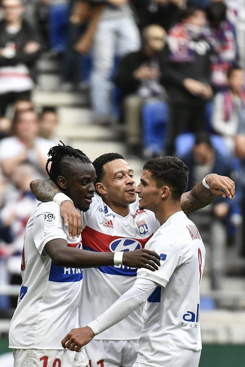 Terminé au Groupama Stadium ! Lyon prend les trois points grâce à Depay et Traoré, l\
