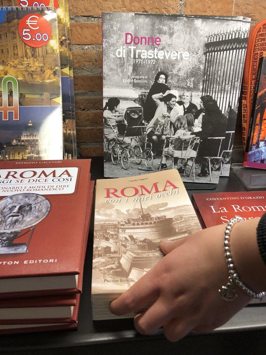 Il mio libro nel bookshop dei Mercati di Traiano #romaconimieiocchi #RomeIsUs #roma #leggere #libri @caputmundiHeidi @romewise @RomadaLeggere @Libreriamo @LeggereLibri @TrastevereRM @CiriSince1978 @AriannaAmbrosi0 @archivetro @PJL813 @art_for_free @PasqualeTotaro @Mustapha1508