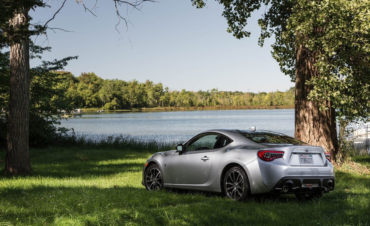Car And Driver On Twitter The Toyota 86 Is Affordable Rear Drive Coupe To Get Because It Along With Its Subaru Brz Twin Only