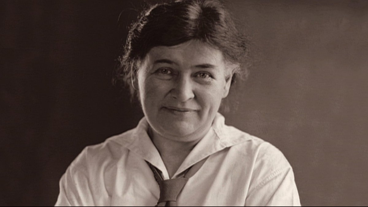 writer cather In her letters, the novelist willa cather emerges as a strong and vivid presence, a woman at once surprisingly modern and touchingly — if not always sweetly — old-fashioned.