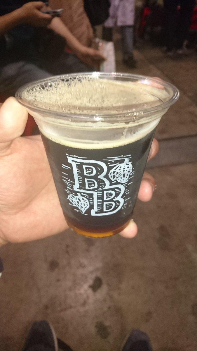 成年だからZUNビールを飲む  めっちゃコーヒー…
