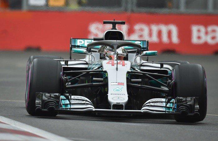 Fórmula 1 | Hamilton ganó en Bakú y lidera el campeonato