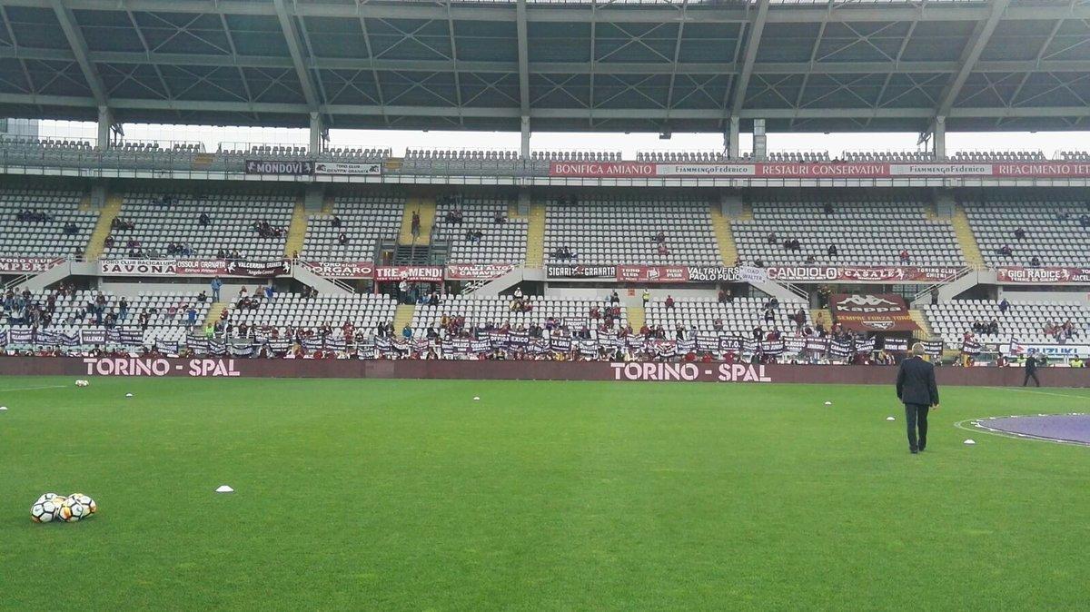 Torino Football Club On Twitter I Toro Club Affiliati Al Torino Fc Appartenenti All Unione Club Granata Hanno Sfilato Oggi Allo Stadio Olimpico Grande Torino Prima Della Partita Contro La Lazio Sft Torinolazio