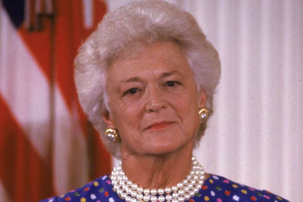 RIP #BarbaraBush.  A wonderful #FirstLady who cared for others &amp; was genuinely loved by the #American people.  A #ClassAct who set the standard.  Prayers for the Bush Family.<br>http://pic.twitter.com/iMB5Efrac5