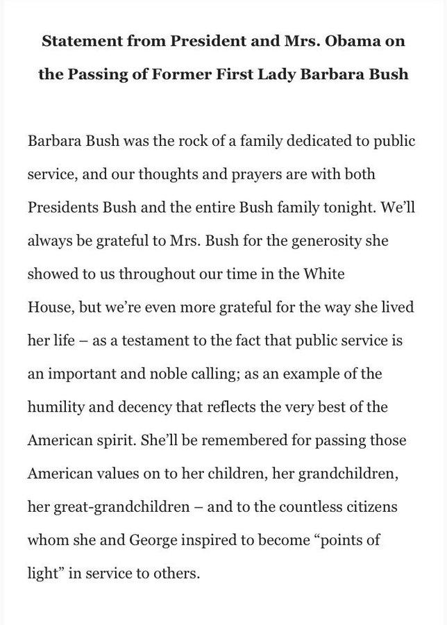 DbBoHHhWAAE00ux?format=jpg&name=900x900 EUA. Morreu Barbara Bush, mulher e mãe de Presidentes