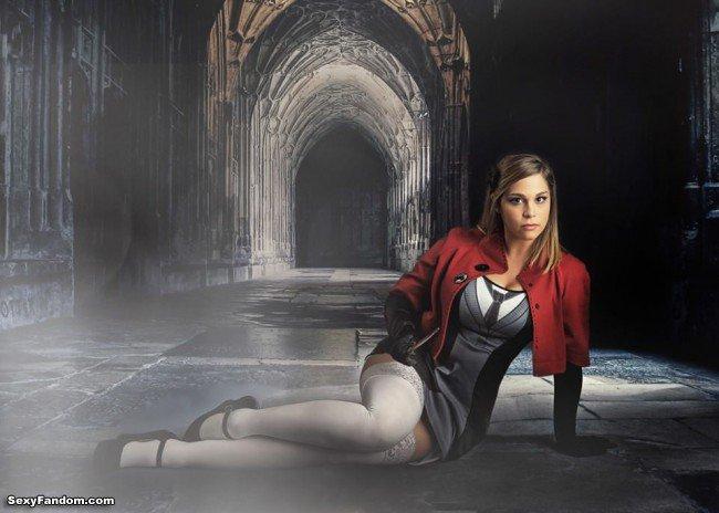 Sexy Fandom: Courtney Lane in Hogwarts https://t.co/ujOGczLkd2...
