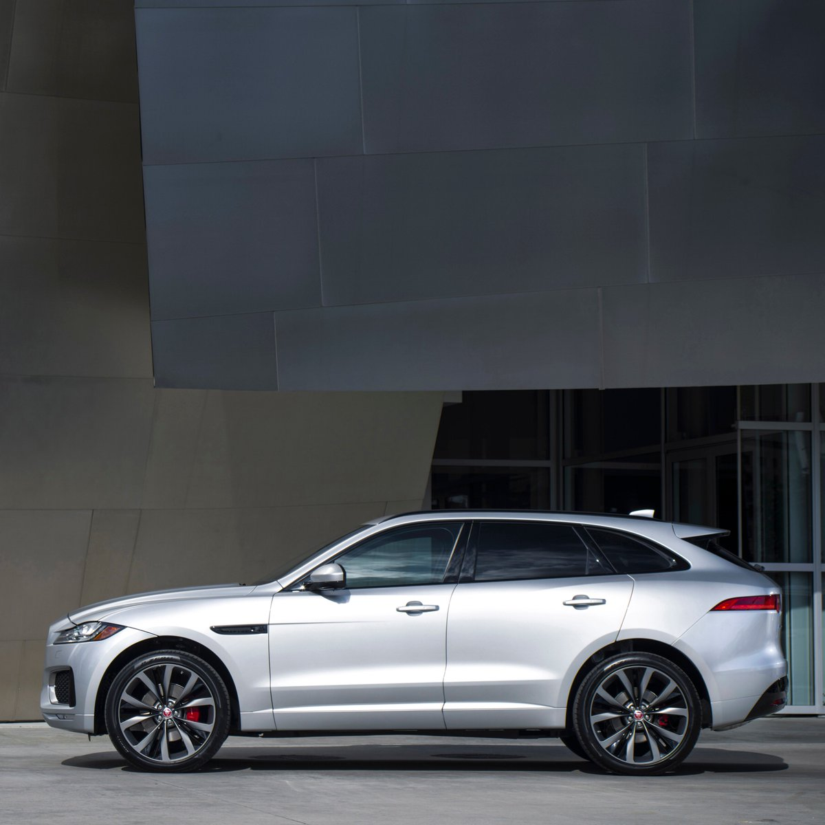 Style for miles. #Jaguar #FPACE. Book a...