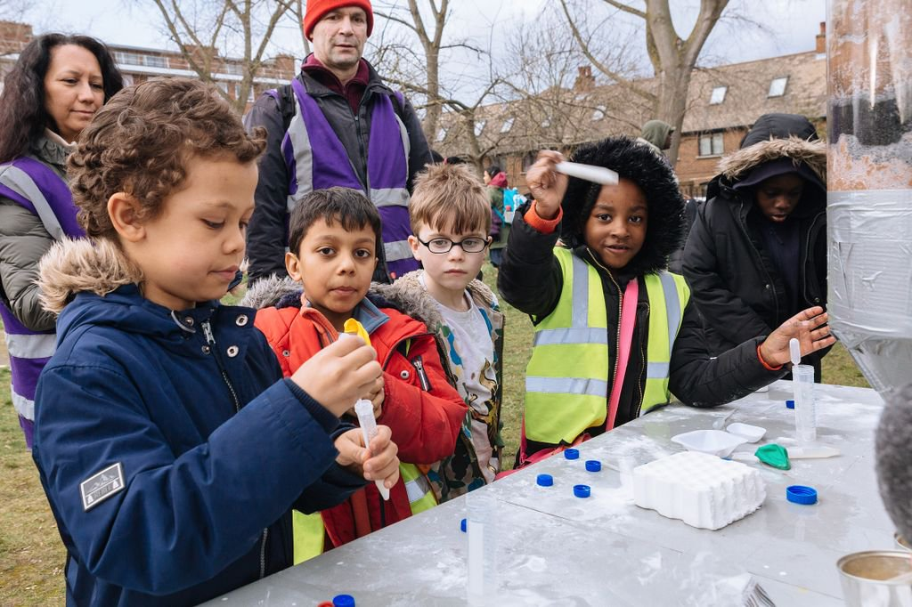 Are you part of a community organisation or an @STFC_Matters project or facility near #Leicester or #Glasgow? Join our Wonder Match events in June to collaborate on new #publicengagement activities and engage diverse audiences in research  https:// buff.ly/2GziKEQ  &nbsp;  <br>http://pic.twitter.com/fYpNwEeUxJ