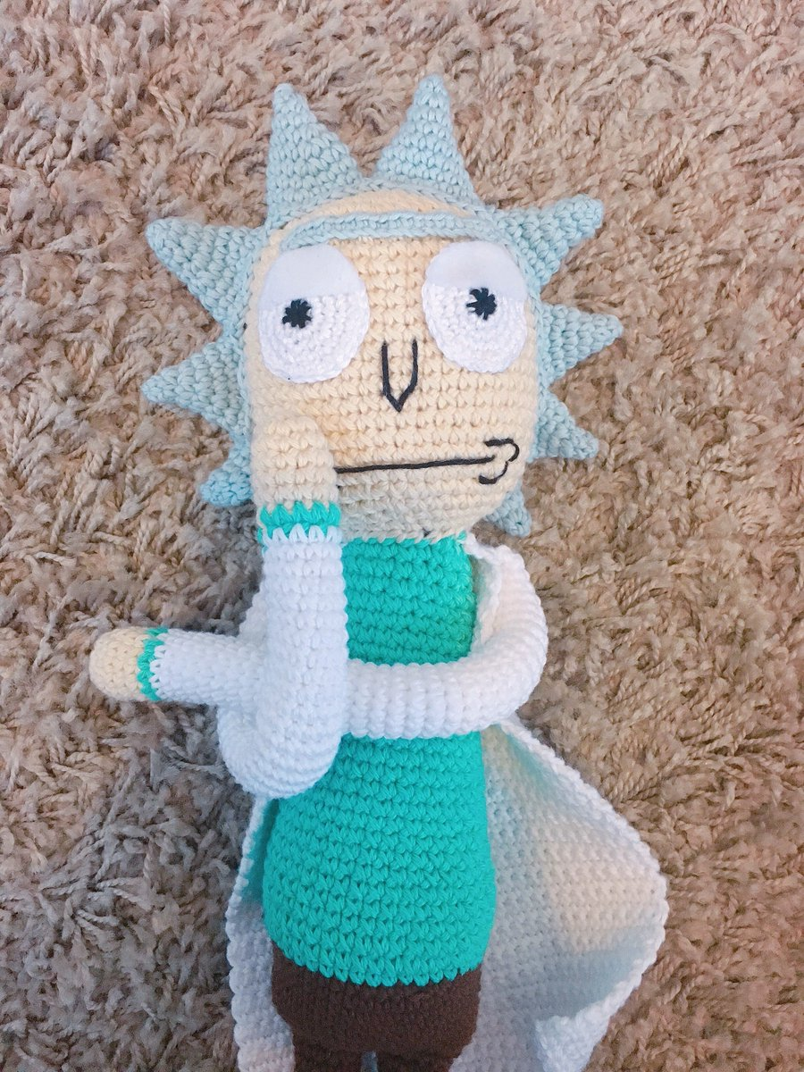 Rick and Morty amigurumi made for my BF's birthday : crochetpatterns | 1200x900