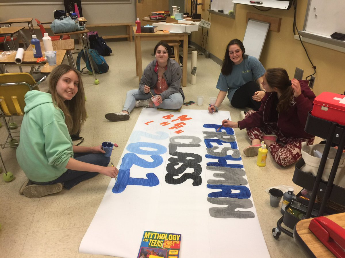 RT <a target='_blank' href='http://twitter.com/WLHSLatin'>@WLHSLatin</a>: Freshmen gearing up for SCA Olympics with a colorful banner! <a target='_blank' href='http://twitter.com/arkmgr'>@arkmgr</a> <a target='_blank' href='http://twitter.com/GeneralsPride'>@GeneralsPride</a> <a target='_blank' href='http://twitter.com/WLgenerals_SCA'>@WLgenerals_SCA</a> <a target='_blank' href='https://t.co/GFAB623O7d'>https://t.co/GFAB623O7d</a>