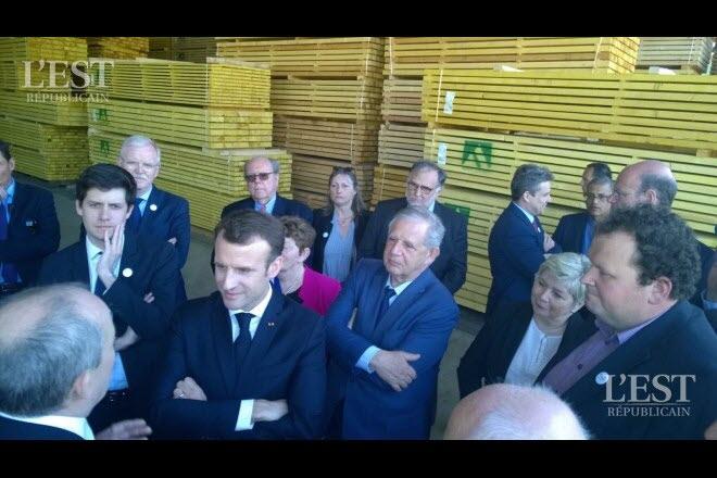 test Twitter Media - La #scierie Germain-Mougenot a fait visiter son entreprise à notre Président de la République @EmmanuelMacron ! https://t.co/E3sNtSHPJj