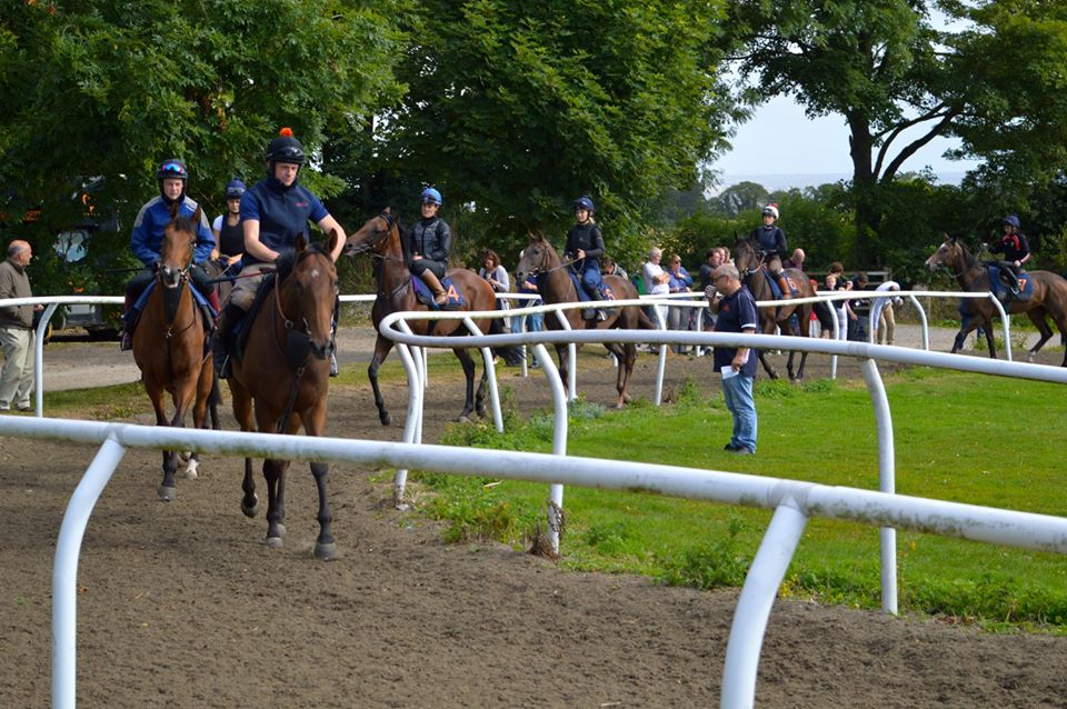 RICHARD FAHEY STABLE VISIT-Saturday May 12th.  If you are considering becoming a share holder and would like to come and view our string with @RichardFahey, please do join us. Chat to our team and meet our owners to find out more! See all the details here: https://t.co/SGFhBRJHxB