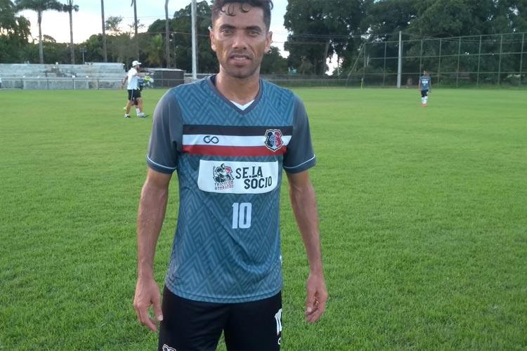 Após gol em treino, Carlinhos Paraíba se diz pronto para reestreia pelo #SantaCruz: 'Ansioso' https://t.co/cq0gWU89Rz