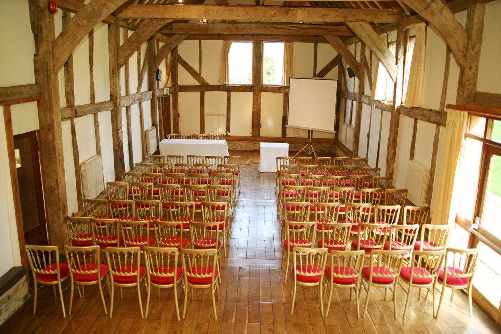 RT @SeventaEvents We are hosting an AGM and dinner at the beautiful @LoseleyPark, Guildford for 50 people this evening. 🌳 We chose this venue as their barn splits into three sections, perfect for hosting each individual element of the event, offering a seamless flow during the evening.
