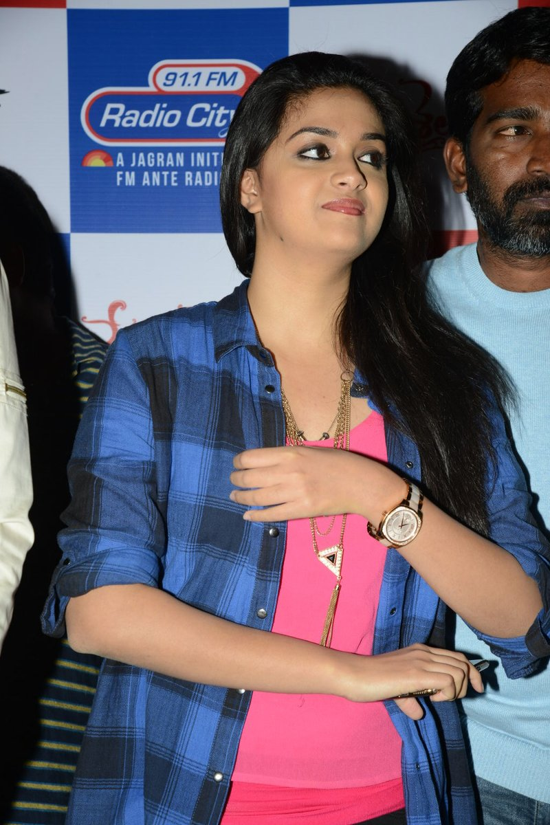 Old images of #makkalselvi @KeerthyOfficial #TraditionalQueen at #radiocity fm station #movie #PROMOTION <br>http://pic.twitter.com/IpLeAWjWka