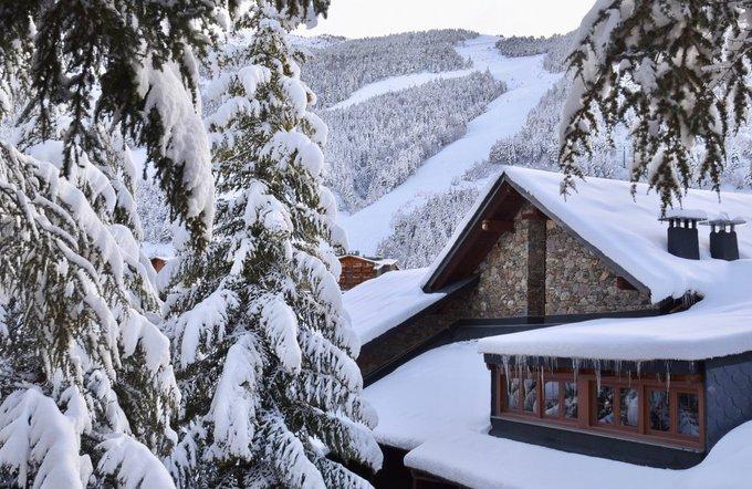 836 cm durante el invierno 2017-18, récord histórico en Soldeu El Tarter (Grandvalira) https://t.co/QlmK2kFnhC