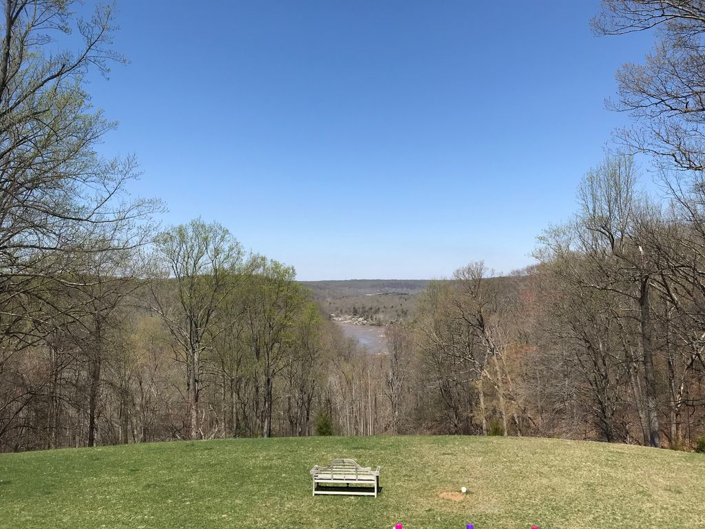View of the Potomac from @madeiraschool #ATLISac thanks, @jdayton79<br>http://pic.twitter.com/ouQfsZybnm
