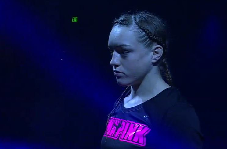 FREE FIGHT: Watch the 19-year-old @AspenLaddMMA make her pro debut at #InvictaFC11 (2015)! Will she stay unbeaten at #UFCAC?  ufc.tv/video/aspen-la…