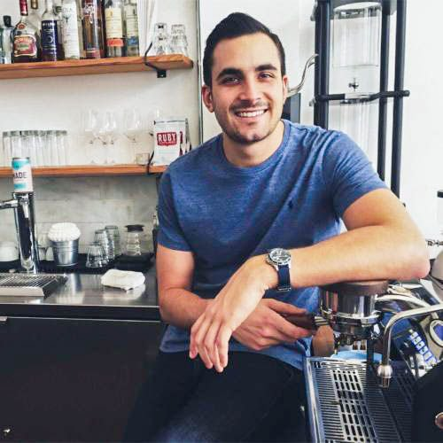 #Marketing #alumnus Jarrett Sabatini shares about his experience at @USFSPevents, his advice for current #students and the story behind his #business, #IntermezzoCoffee. Read now at  https:// buff.ly/2H6k9mu  &nbsp;  . #USFSPBusiness #KTCOB #USFSP #StPeteFL <br>http://pic.twitter.com/sKwRuoIaj3