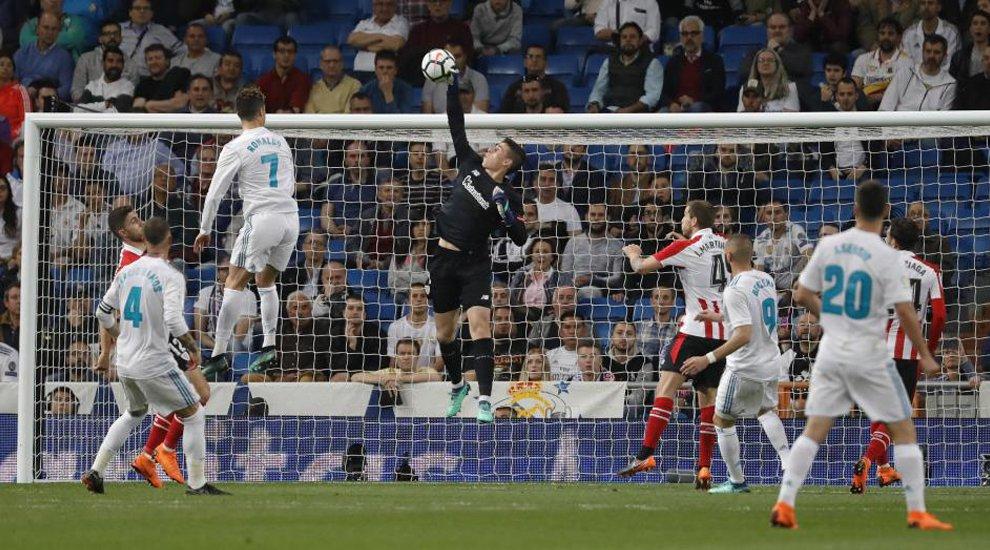 'Kepa, un error que perseguirá a Zidane' https://t.co/E9UJCTkDfg Por @Carpio_Marca 🖋️ https://t.co/GBrQD7znMX