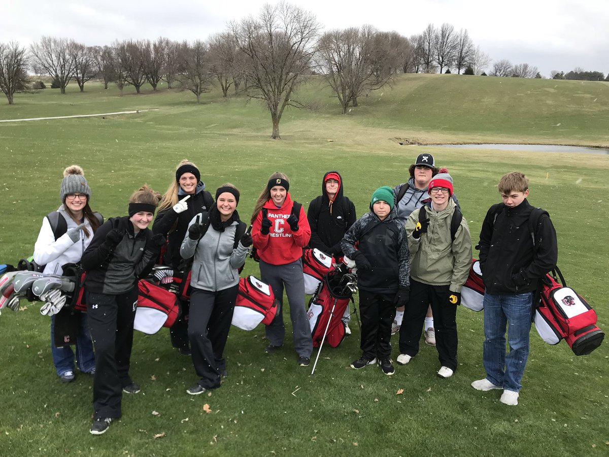 We will not let Mother Nature dictate our golf season. #cold #snow no more wasted opportunities <br>http://pic.twitter.com/8kQjzLF1Nb