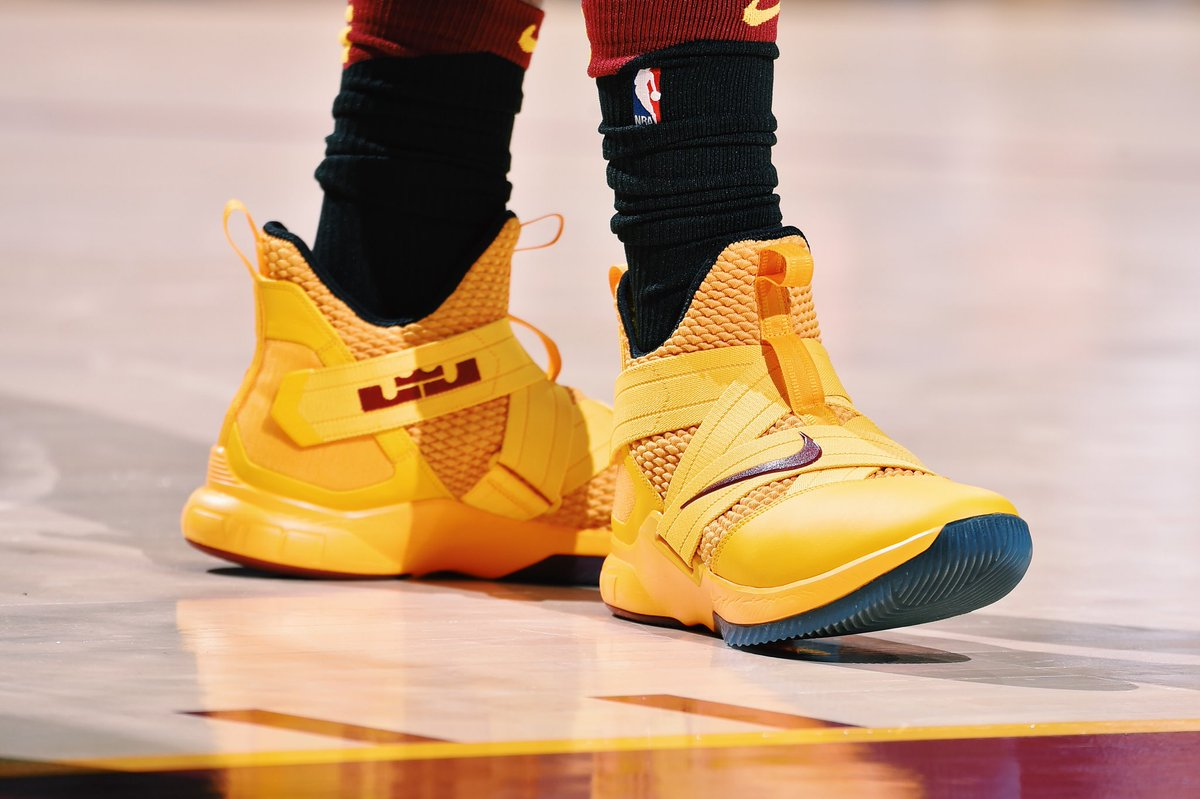 Jr smith hooping in the nike lebron soldier 12 tonight against indiana f63adc939