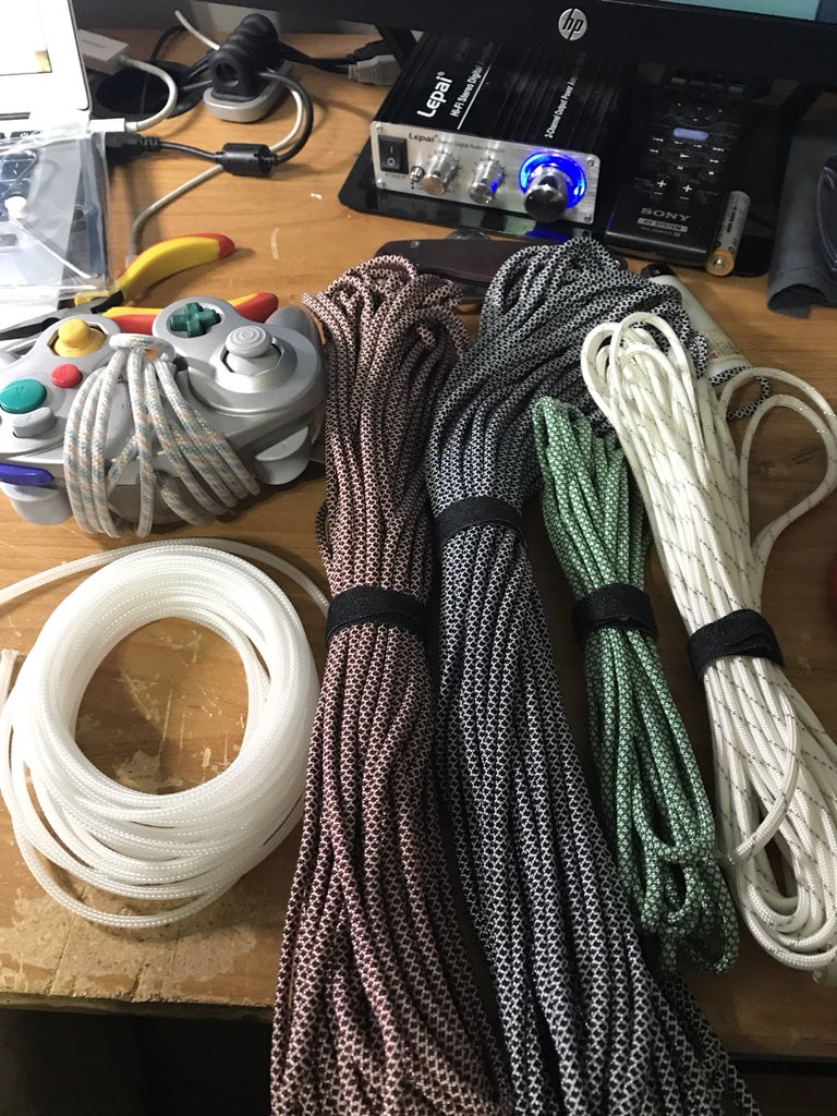 Customgcc Discord Community On Twitter Paracord Cabling Is The Thread Interesting Wiring Option And Opinion Mdpc X A Cable Sleeving Alternative To That In My Way Easier Use Makes Much Nicer End Resultpic Faqzvlhe5h