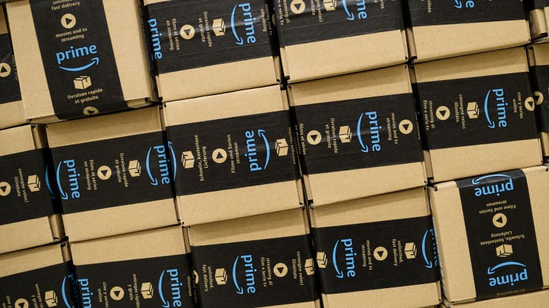You and 99,999,999 other people are Amazon Prime subscribers https://t.co/mP0QtKGy9Y https://t.co/WnOBAURsCc