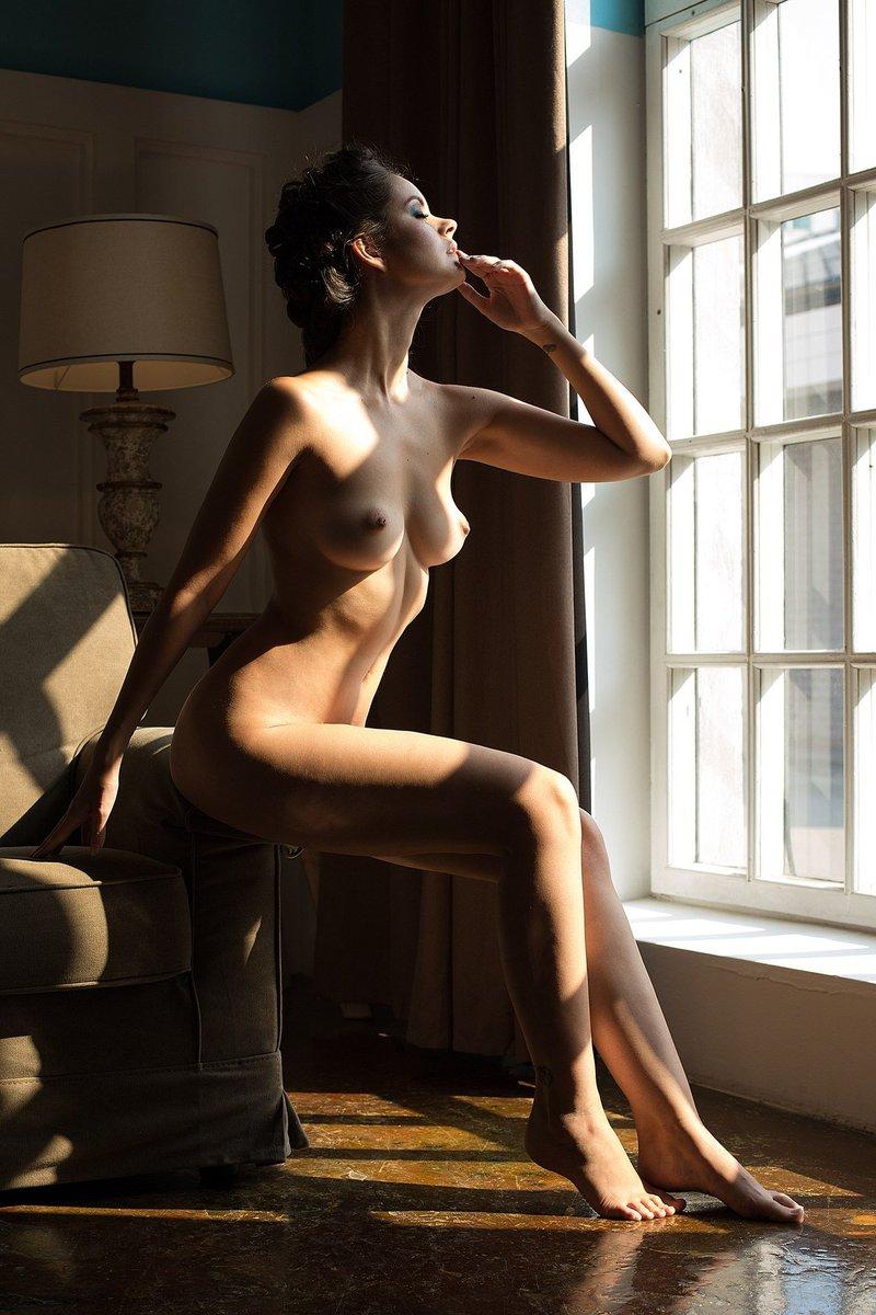 Julia Goldani Telles Naked