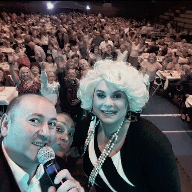 Super public!!! #tournee #spectacle #humour #France #province #public #rencontre #bonheur <br>http://pic.twitter.com/IGaFB4kRCm