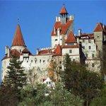 Image for the Tweet beginning: Bran Castle (Romanian: Castelul Bran;