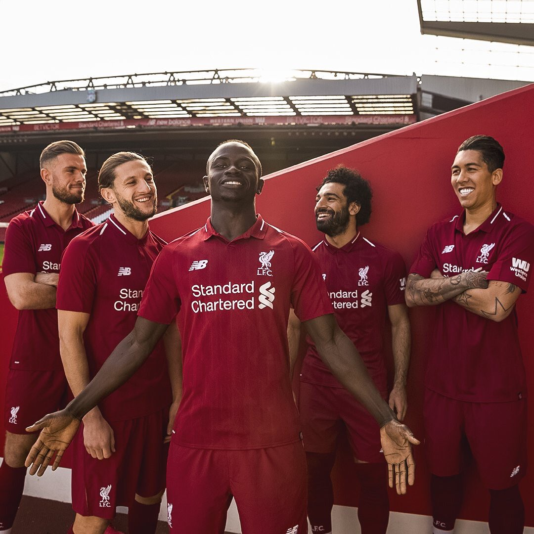 a9886556f ... Home kit for Liverpool FC What are your thoughts on it pic.twitter.com o45lJZyW7D.  1 01 AM - 19 Apr 2018