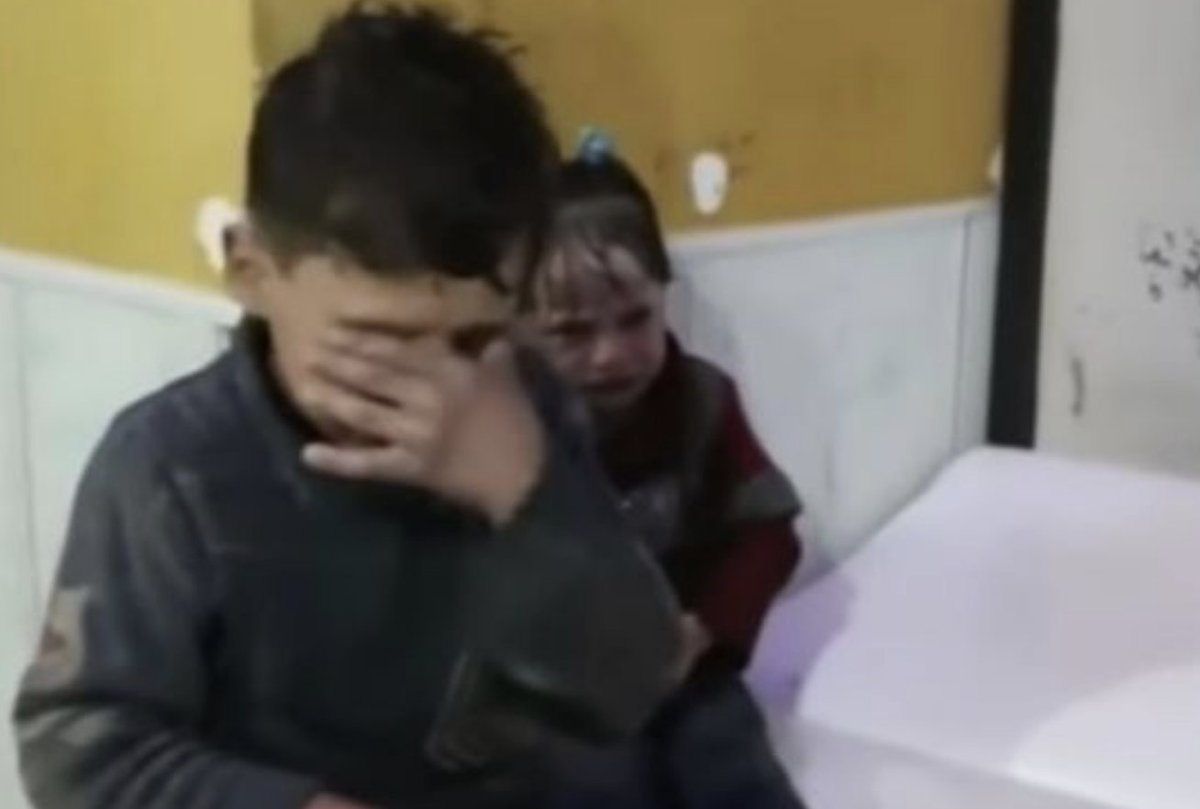 Russia claims child doused in liquid after Syria 'chemical weapons attack' was fake news https://t.co/O3Y9EnW6vc