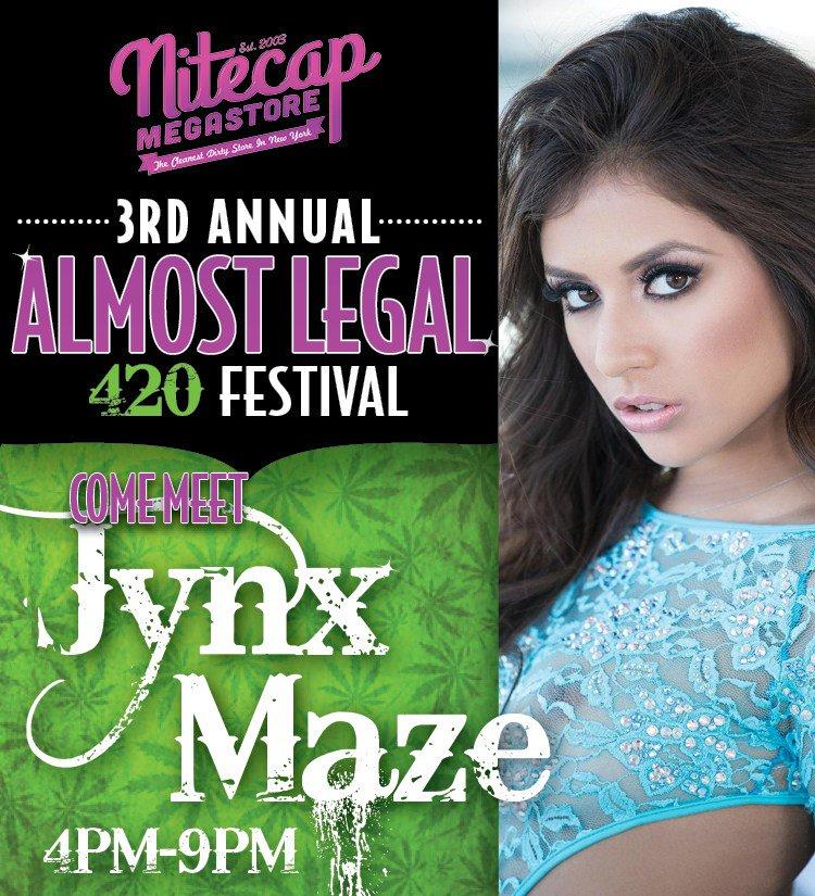 test Twitter Media - RT @MikeSouthXXX: Celebrate 420 with Jynx Maze @jynxmazecutie in Staten Island, New York https://t.co/99ufbR9uTC https://t.co/Csc9hEUB6u