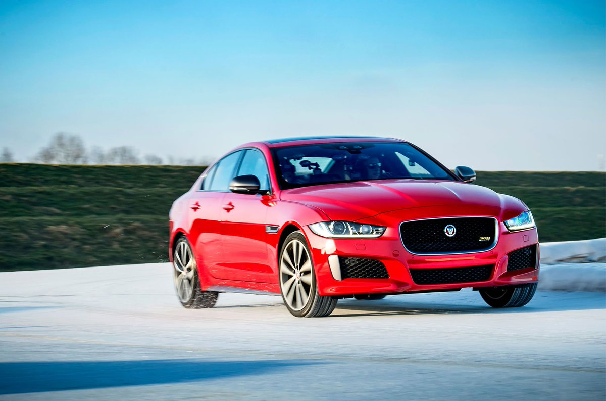 Hot and cold. #XE300Sport The new 2019 Jaguar XE 300 SPORT has made its global debut by setting a unique lap record, becoming the first car to complete a lap of the world?s longest artificial outdoor ice circuit in the Netherlands. https://t.co/BPgkKnVFSZ