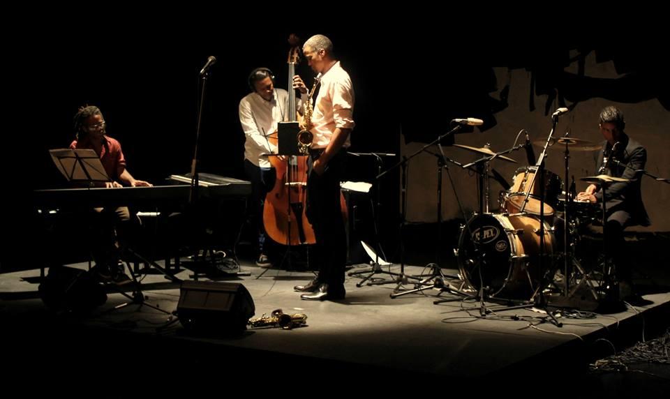 Jazz en Trance é o destaque do #JazzLivre! A música do grupo cubano vai animar sua noite! Vem ouvir às 22h. https://t.co/UrS67DdRxR 📷Divulgação